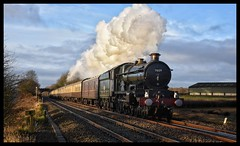 No. 7029 (Lewis_Hurley) Tags: 7029 castleclass cluncastle steam gwr br britishrailways railway train uk england leicestershire hinckley burbage burbagecommon southleicestershireline 1z34 christmaswhiterose vintagetrains
