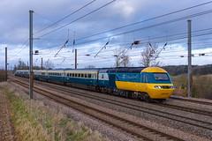 The LNER Farewell Hst tour 1Z43 Leeds to London King's Cross seen passing Creeton 43006 tnt 43112 (Iain Wright Photography Rutland) Tags: sir kenneth grange intercity british rail railways class43 hst intercity125 125 high speed lner ecml 1z43 fairwell tour creeton lincolnshire rutland 43112 43006 43312 43206 mark 3 br mkiii stock yellow blue grey white pole harris metres nikon d7200 ukrailscene