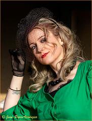 Peggy (Jean-Pierre Verduzier) Tags: portrait femme fille fashion mode modèle mannequin noiretblanc visage romantique beauté beauty monochrome style robe shooting vintage