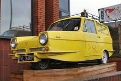 Del Boy's Van (R.K.C. Photography) Tags: reliantregal supervan 1968 classic car van 3wheeler delboysvan delboy onlyfoolsandhorses british iconhotel luton bedfordshire england unitedkingdom uk trottersindependenttrading tml346f canoneos750d