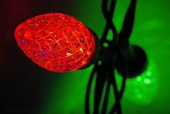 Borisov (L@nce (ランス)) Tags: macro micro nikon nikkor bulb light christmas ornament green red led