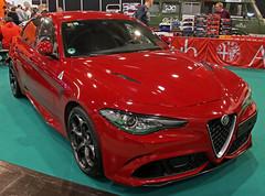 Giulia (Schwanzus_Longus) Tags: essen motorshow german germany modern italy italian car vehicle sedan saloon alfa romeo giulia