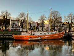 """Zufriedenheit"" Warnemünde (seanavigatorsson) Tags: fishingcutter fishing cutter ship boat balticsea ostsee zufriedenheit warnemünde schiff maritim"