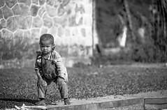 Madagascar - Dans les Hautes Terres (RéGis.) Tags: café grain sechage enfant child children nb noiretblanc bw bwemotion blackandwhite