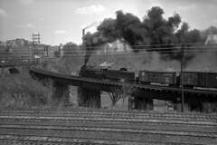 2102 Crossing The Schuykill (DJ Witty) Tags: train photography railroad rdgt1 steamlocomotive rr readinglines philadelphia readingrailroad 484 t1