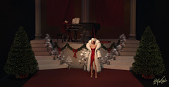 Every Year, Every Christmas (blamedrewharcourt) Tags: secondlife drag dragidol singing music performance piano gay hive nutmeg fapple fancydecor fancy decor isil duox kunglers moonelixir x muse plastix ncore deadwool