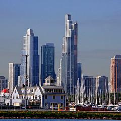 Chicago, Illinois, USA (pom'.) Tags: canoneos400ddigital marina chicago illinois usa lakemichigan