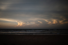untitled (ChrisRSouthland (mostly off, traveling & working)) Tags: darwin ricohgriii griii sunset sea sky seascape clouds waves dusk