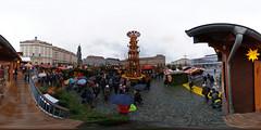 Dresden - Striezelmarkt 360 Grad (www.nbfotos.de) Tags: dresden striezelmarkt altmarkt weihnachtsmarkt weihnachten christmas xmas pyramide 360 360gradfoto ricohthetaz1