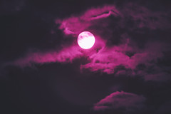 Erotic Sun (Infrared) (Tzvlf) Tags: sun sol soleil canon 700d eos noon tarde noche moon red clouds cloud nube nubes wolke tele midday infrared ir nuit nacht star dark