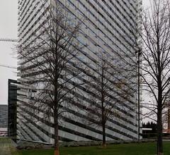 HIGHRISE H.d.L. (nouredine) Tags: bcn hospitaletdellobregat highrise architecture temporary nouredine nheyers