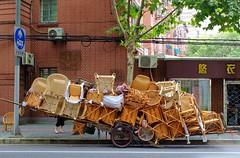 Shanghai - Wicker Chairs Anyone? (cnmark) Tags: china shanghai changning district panyu xinhua road street scene wicker chairs vendor peddler handcart handkarren korbstühle korbstuhl strassenhändler 中国 上海 长宁区 番禺路 新华路 ©allrightsreserved
