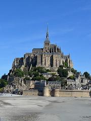 Abadía del Mont Saint-Michel (Heleplatas) Tags: playa isla normandía castillo saintmichel cielo