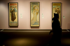 At the museum (gnsk) Tags: contax planar 1450 50mm f14 mmj ilce7rm2 japan kyoto alfons maria mucha