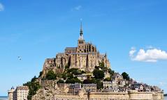 Mont Saint Michel (Heleplatas) Tags: monte abadía saintmichel nubes cielo isla playa normandía