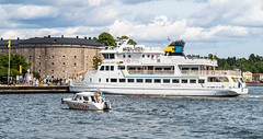 M/S Dalarö & Vaxholms fästning (Gösta Knochenhauer) Tags: 2019 july panasonic lumix fz1000 dmcfz1000 leica lens vaxholm sverige sweden boat stockholm archipelago p9050894nik p9050894 nik