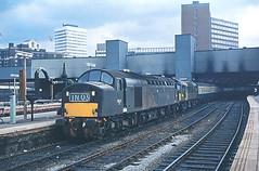 D353 Leeds Copyright Waddo Rail Archive DG1 (Waddo's World of Railways) Tags: 40153 d353 class40 greenclass40 leeds rail railway br leedsstation whistler class25