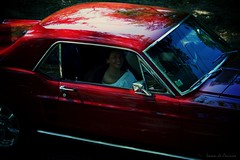 Long time gone (Loran de Cevinne) Tags: lorandecevinne vintage vintagecars fordmustang 1968 fordmustang1968 cars ford pentax people personnage personne sourire elle she street americancars france gens