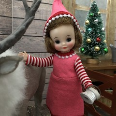 3. Caring for the reindeer (Foxy Belle) Tags: christmas barn reindeer santa diorama doll 16 scale vintage felt betsy mccall tiny 9 elf costume handmade sew ooak wooden hay team caribou flocked miniature animal scene
