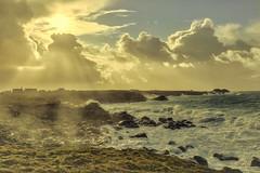 Eclats (pprd) Tags: trémazan soleil sun rayonsdusoleil sunrays finistère littoral canon5dsr tamron2470mmf28g2