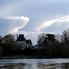 Angers, Maine-et-Loire, France (pom'.) Tags: panasonicdmctz101 angers lespontsdecé castle maineetloire 49 paysdelaloire france europe loire îleaubourg levéedelabellepoule brasdesaintaubin sky clouds