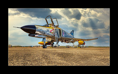 Phantom Pharewell (richieb56) Tags: aviation luftfahrt military special painting colour scheme f4 phantom jasdf japan air self defence force luftwaffe asia asien nippon airshow 2019 hyakuri sun cloud plane jet aircraft flugzeug flug fliegen travel reise go for it 301sq fabulous berühmt fine art