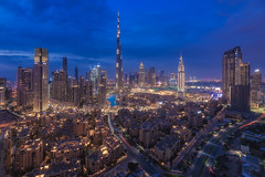 Dubai - Skyline Panorama (030mm-photography) Tags: rot skyline dubai city morning blue skyscraper cityscape nightshot stadt bluehour blau morgen burj nachtaufnahme blauestunde hochhäuser burjdubai burjkhalifa travel landscape uae landschaft reise vae vereinigtearabischeemirate