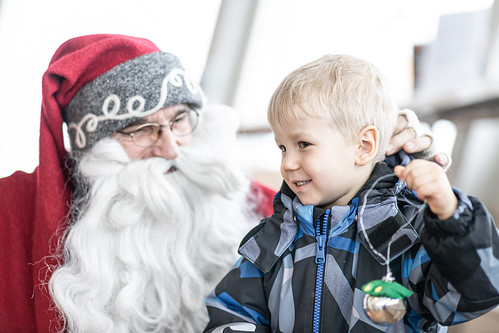 Boy meets Santa in Puijo Tower