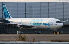 Airbus Industrie Airbus A330-941 F-WTTE (RuWe71) Tags: airbusindustrie vkaib eads airbus airbusa330 airbusa330neo a330 a330neo a339 a330900 a330941 a330900neo airbusa330900 airbusa330900neo airbusa330941 fwtte msn1813 testbed prototype toulouseblagnac toulouseblagnacairport toulouse blagnac aéroportdetoulouse aéroporttoulouseblagnac tls lfbo widebody twinjet ramp airspace winglets parked