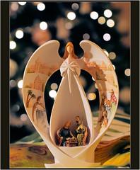 Christmas time......... (atsjebosma) Tags: macro macromondays bestwithholidays atsjebosma december 2020 christmastime angel engel bokeh