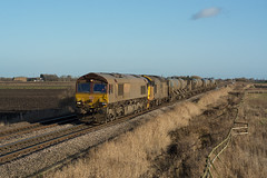 66108/37409 Oldeamere 23/12/19 - With the East Anglia RHTT season over for another Autumn, DRS Loanee 66108 and 37409 make a filthy pairing as they head for York Thrall Europa.  The consist is captured at Oldeamere, between March and Whittlesey. (rhayward92) Tags: class 66 rail railway freight pole photography uk 66108 37409 direct services 37 rhtt head treatment train oldeamere 6z66