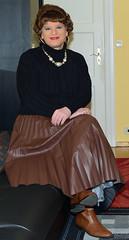 Birgit029954 (Birgit Bach) Tags: pleatedskirt plisseerock boots stiefel
