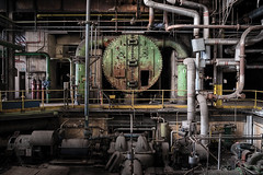 industrial monster (jkatanowski) Tags: urbex urban exploration europe decay derelict destroyed decaying decayed abandoned forgotten lost lostplace indoor industry industrial interior machinery machine steel mess metal sony a7m2 uwa pipes