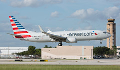 B737 | N864NN | FLL | 20191112 (Wally.H) Tags: boeing 737 boeing737 b737 n864nn americanairlines fll kfll fortlauderdale hollywood airport