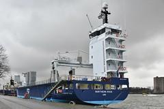 Northern Rock (Hugo Sluimer) Tags: haven harbour harbourphotography harbourphoto havenfotografie havenfoto nlrtm nl nikon nikond500 d500 rotterdam onzehaven nlrt nederland zuidholland holland