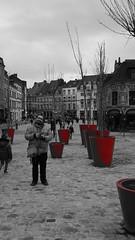 2019-12-21_15-21-19_ILCE-6500_DSC17404_Kiri (Miguel Discart (Photos Vrac)) Tags: 2019 33mm citytrip citytrips e18200mmf3563ossle focallength33mm focallengthin35mmformat33mm france homme ilce6500 iso250 lille man men messieurs migueldiscart monsieur photoderue photography sony sonyilce6500 sonyilce6500e18200mmf3563ossle street streetphotography