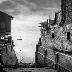 Leigh on Sea (judepics) Tags: leighonsea boat essex monochrome sea blackwhite