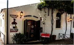 617- TIO PEPE SHOP - GONZÁLEZ BYASS- JEREZ DE LA FRONETRA - (--MARCO POLO--) Tags: bodegas rincones ciudades