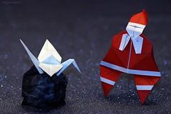Origami Babbo Natale sorpreso dal dono nel sacco / Origami Santa Claus surprised by the gift in the sack (Franceso Miglionico) (De Rode Olifant) Tags: santaclaussurprisedbythegiftinthesack origamisantaclaus origamisanta origamicrane tsuru francescomiglionico babbonatale origamibabbonatale origami babbonatalesorpresodaldononelsacco 3d marjansmeijsters diagrams qqm63 buonorigami xmas christmas santa santaclaus crane paper papiroflexia origamisantaclaussurprisedbythegiftinthesack origamibabbonatalesorpresodaldononelsacco