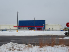 ex-Toys Я Us (Maplewood, MN) (TheTransitCamera) Tags: toysrus closed abandoned vacant chain bigbox toys toysяus toystore maplewood retail retailer store shopping shop consumer mn minnesota twincities