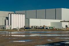 White (jefvandenhoute) Tags: antwerpen belgië merksem industrial