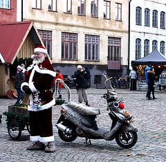 Santa will be on the moped this year no snow. (Ingrid Friis Photo) Tags: jultomten santaclaus moped jakriborg scania sweden 2019