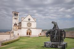 Basilica (Ricardo José Maksoud) Tags: assisi italy francis church