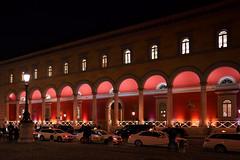 Alte Post in München (Roman Achrainer) Tags: altepost architektur nachtaufnahme münchen achrainer gebäude taxi maxjosephplatz