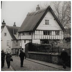 Britons Arms (Norwich) (mibric) Tags: england angleterre grandebretagne pub street rue gens people britain norwich