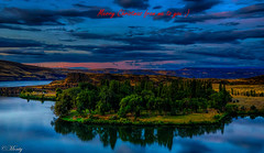 Merry Christmas to all of my Flickr Friends :) (concho cowboy) Tags: washington columbia river sunrise landscape