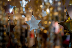 Bokeh Star (Kev Cunningham) Tags: stars star bokeh silver gold xmas christmas