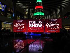 IMG_0790 (grooverman) Tags: las vegas trip vacation december 2019 casino night strip canon powershot sx530 fashion show mall