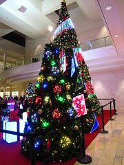 IMG_0783 (grooverman) Tags: las vegas trip vacation december 2019 casino night strip canon powershot sx530 fashion show mall