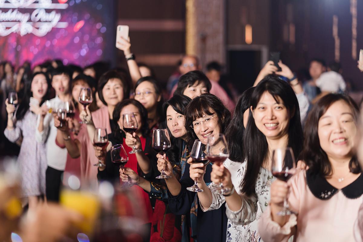 台北婚攝,婚攝作品,婚禮攝影,婚禮紀錄,南港雅悅會館,拜別,迎娶,類婚紗,wedding photos